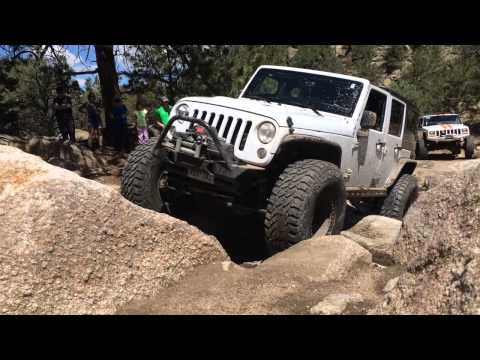 Jeep Rock Crawling at Set Them Free 2015