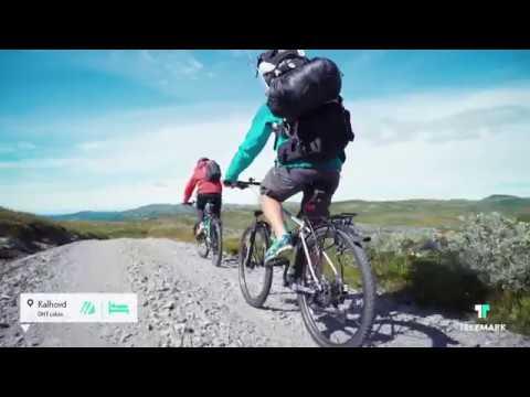 Sykling på Hardangervidda - Cycling on Hardangervidda Mountain Plateau in Norway