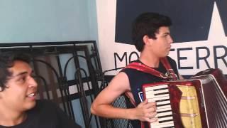 Cumbia y Cerveza - Tyno en el acordeón
