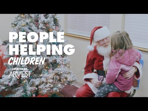 David Tyler Moonlights as Santa – People Helping People Created by Arvest Bank