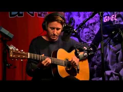 ben-howard-in-dreams-acoustic-christopher-gettins