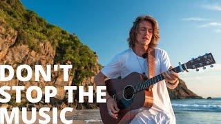 Don't Stop The Music - Rihanna (Vitor Kley cover acústico) Nossa Toca na Rua