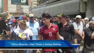 Chino Miranda Lilian Tintori y Norkys Batista. Protesta de Venezuela 20 de Abril 2017.