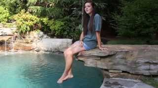 Hey Brother covered by Savannah Stewart