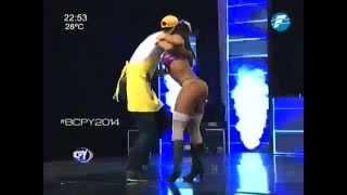 Fabi y Juanjo bailan #RetroCumbia #BCPY2014 - 23-09-2014.