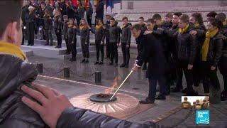 Emmanuel MACRON ravive la flamme du soldat inconnu - Centenaire de l'Armistice de 1918