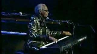 Ray Charles Solo