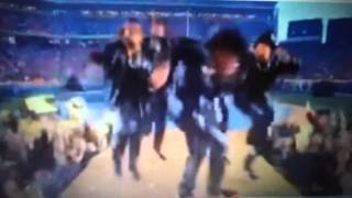 Beyonce Super Bowl 2016 Almost fell