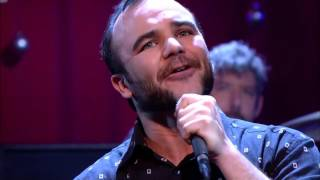 Future Islands - Back In the Tall Grass  (Jools Annual Hootenanny 2015)