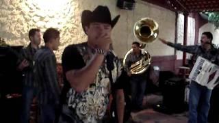 Cumpleaños 31 Jorge Cantando la Yaquesita.MPG