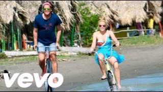 Carlos Vives Ft Shakira - La Bicicleta