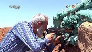 """شاهد """"أبو خالد"""" ثائر مسنّ لم يمنعه الشيب من حمل السلاح لرفع الظلم"""