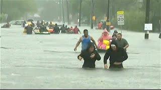 """""""Devastación total"""" en Houston, anegada por la tormenta Harvey"""