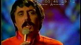 "Lee Hazlewood & Siw Malmkvist:  ""Summer Wine"""