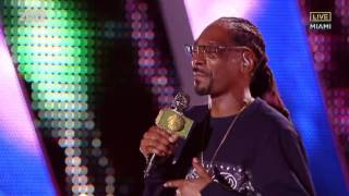 Snoop Dogg   Drop It Like Its Hot Live Pitbulls New Years Revolution 2017