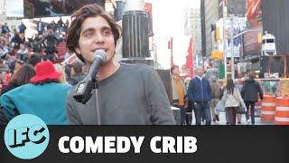 Comedy Crib: Comedy Drop | Robert Dean in Times Square | IFC