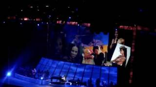 "Alicia Keys LIVE in Paris 2008 ""Diary"" feat Jermaine Paul"
