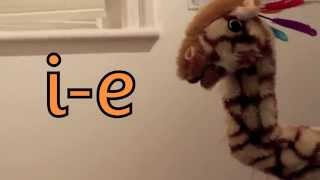 Geraldine the Giraffe learns /i-e/