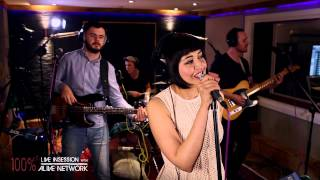 Vinyl Beats - Shake It Off / Taylor Swift (Cover) Live In Session at The Silk Mill