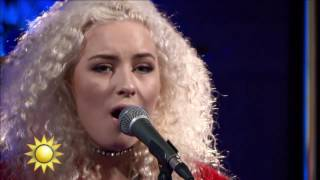 "Artisten Wiktoria ""As I lay me down"" - Nyhetsmorgon (TV4)"
