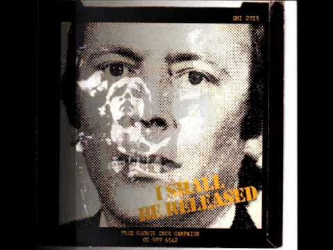 Tom Robinson Band - I shall be released. Chords - Chordify