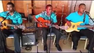 Tolu Band Fiji - Boys II Men Cover On Bended Knee