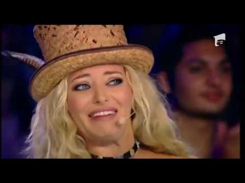 Mark Ronson - Uptown Funk ft. Bruno Mars. Vezi aici cum cântă Popovici Ioan Alexandru, la X Factor