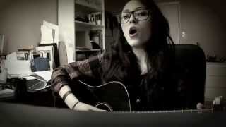 LayalMusic- Lana Del Rey- Off to the races (Cover)