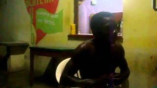 Bambambam cantando música Tudo por nada (PAULO RICARDO)