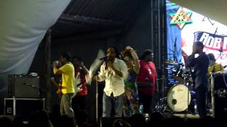 Ponto de Equilibrio apresentando a Turnê 70 anos Bob Marley 2015