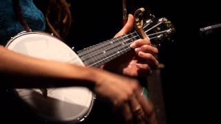 Valerie June - Somebody To Love (Live on KEXP)