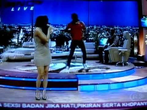 Download Lagu Aura Kasih - Mari Bercinta Dan Bukan Permainan Cinta Intermezzo 19-7-2012 (no Lipsing)