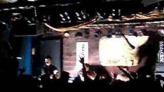 Billy Talent - Fallen Leaves (LIVE)