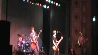 the infected - johnny B.GOODE live