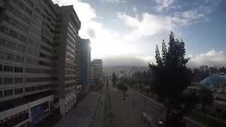 Quito: Av. Naciones Unidas :: GoPro Drone (Black Trip)
