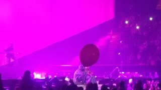 Ariana Grande Ft Mac Miller - The Way (Dangerous Woman Tour)