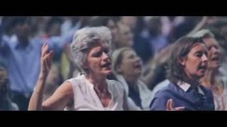 Laura Souguellis - Santo Espirito [Look Project Dj Remix]