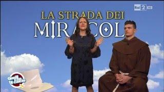 """""""La strada dei miracoli"""" con Safiria Leccese (Lucia Ocone) - Quelli che il calcio 13/12/2015"""