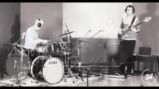 Live Drum & Bass DnB improvisation - Acoustic Electronic