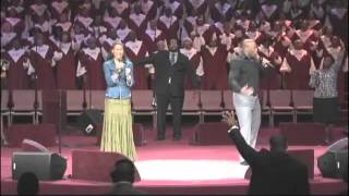 Priscilla Shirer and Anthony, Jr. Sing Freedom Reigns-Jesus Culture