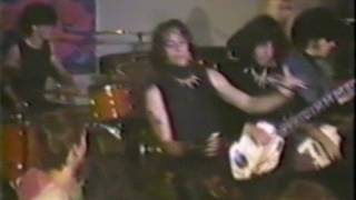 The Fuzztones - Bad News Travels Fast (Live at 240 West, 30 June 1984) Fuzz Fest '84