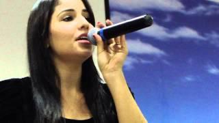 Cantora Gospel Angélica Gervásio