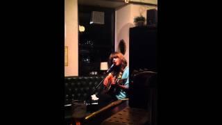 EMMA'S IMAGINATION - EMMA GILLESPIE LIVE @ THE ALE HOUSE