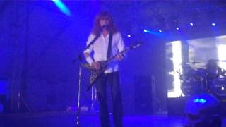 Symphony Of Destruction - Megadeth Live In Manila.MP4