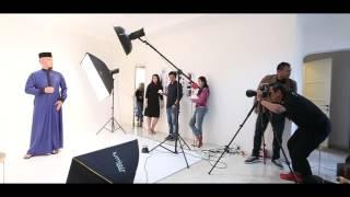 Kopi Pak Belalang with Ahmad Dhani at photo shoot session