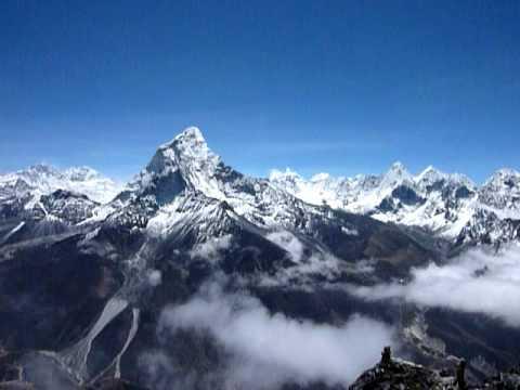 Nepal Trekking Taboche Vorgipfel