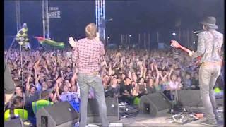 Kasabian - Club Foot [HD] (Live T in the Park 2006)