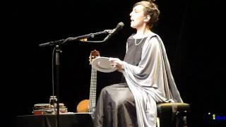 Adriana Calcanhotto - Vamos comer Caetano