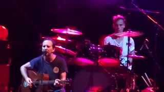 Pearl Jam - Elderly Woman Behind the Counter in a Small Town (Live at Maracanã Stadium)