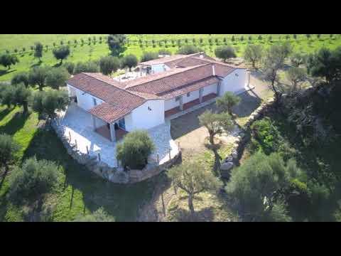 Villa in vendita di 250 mq a €2.200.000 (rif. 64/2020)